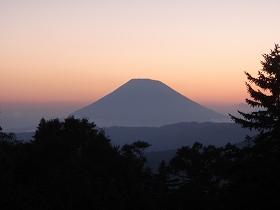 中山峠からの羊蹄山に沈む夕陽
