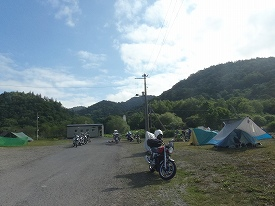 JR筬島駅前臨時キャンプサイト