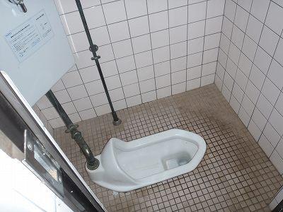 南茅部 河川公園キャンプ場 トイレ